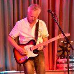 Solo artiest boeken zanger gitarist